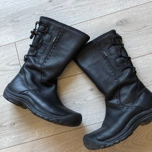 Keen dry leather boots